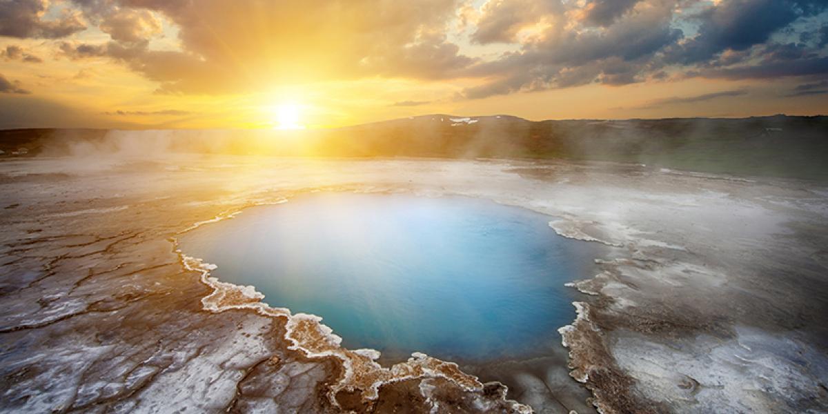 BilFERIE PÅ ISLAND_Komplett bilferie rundt Island_Kokende geotermiske områder © Din Islandsreise