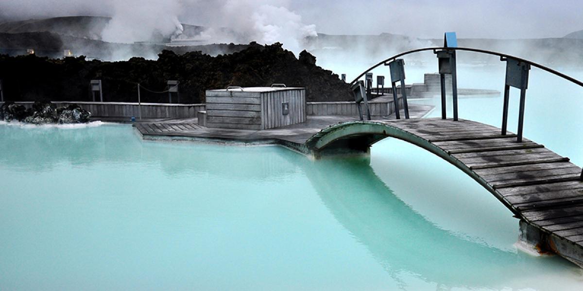 DEN BLÅ LAGUNE OG SPA PÅ ISLAND_Eksotiske Blå Lagune © Din Islandsreise