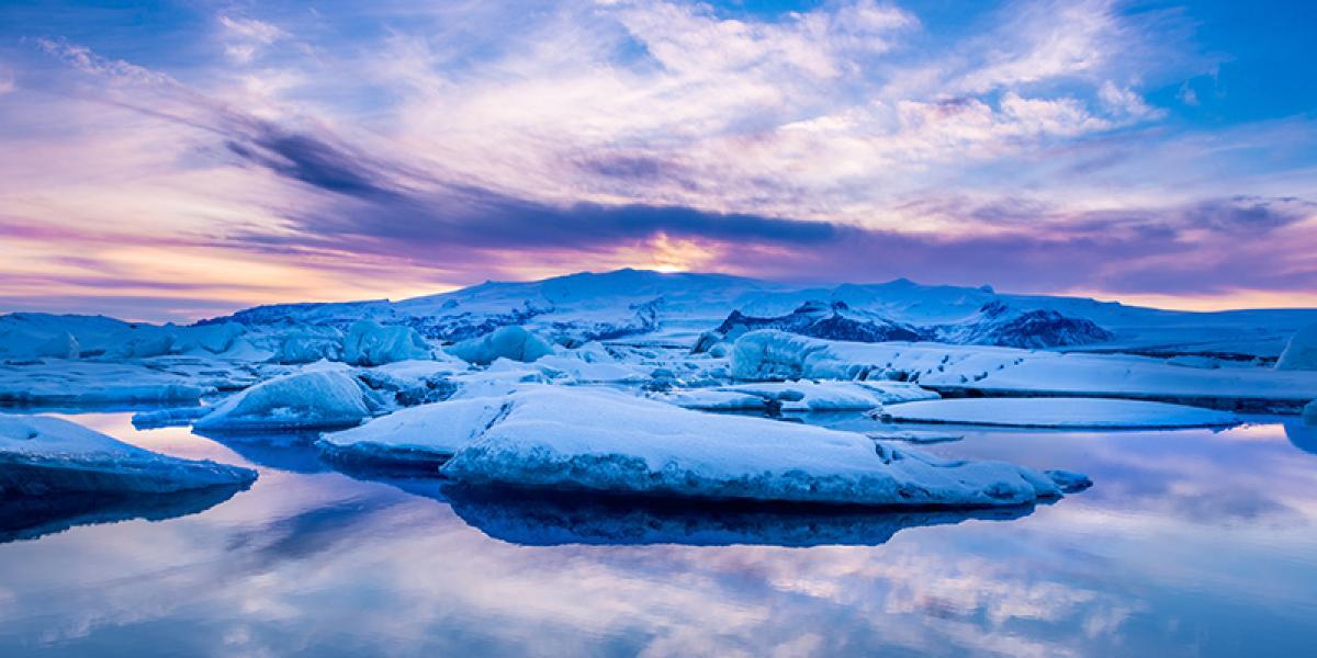 JUL OG NYTTÅR PÅ ISLAND_Juletur til Island_Vakkert vinternatur på Island © Din Islandsreise